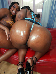 Fatty ebony moms, Tony and Stacy strip nude and pose on..