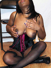 Mature black girlfriend is a very sexy!..