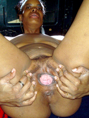 The voluptuous old african granny is back spreading they..