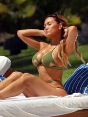 I know tis babe this is Daphne Joy with..