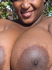 Secret, candid pictures of busty black mature wives