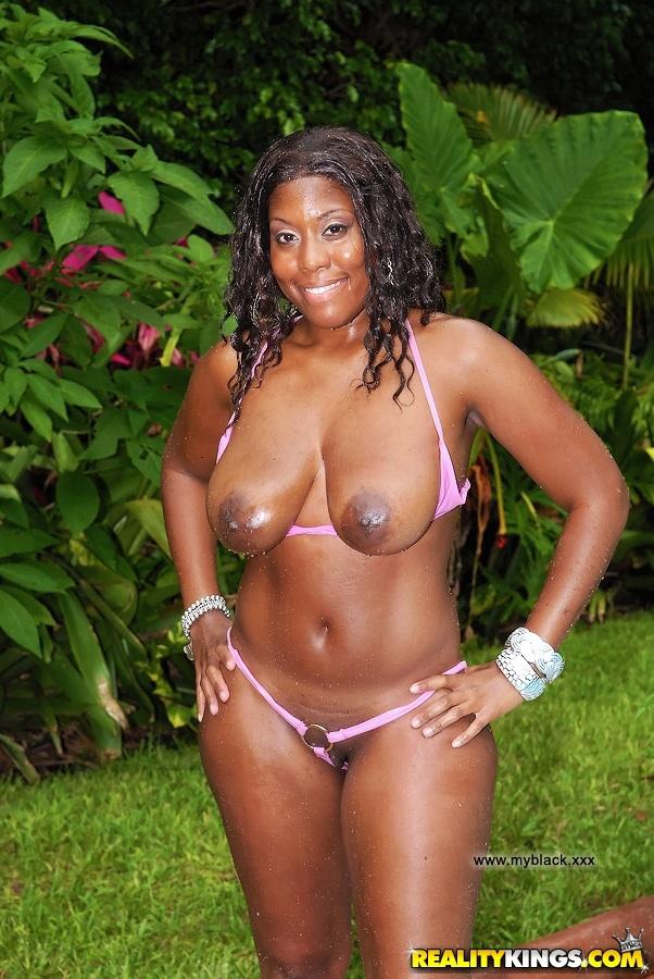 Nude huge boobed ebony sluts naked — photo 2