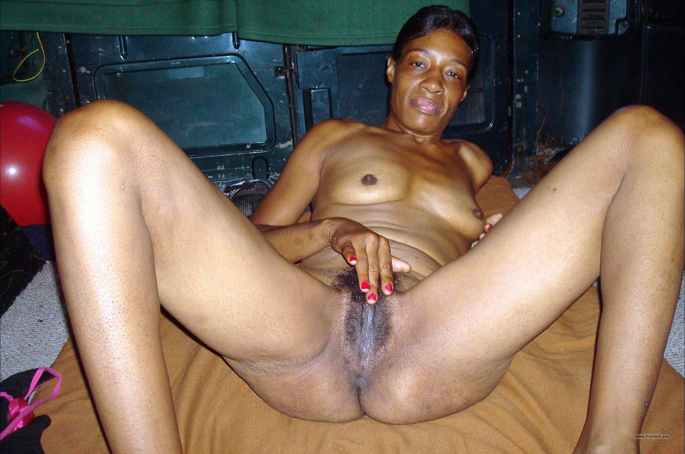 African black mature whore