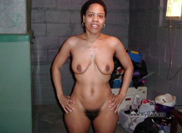 Milfs nude black