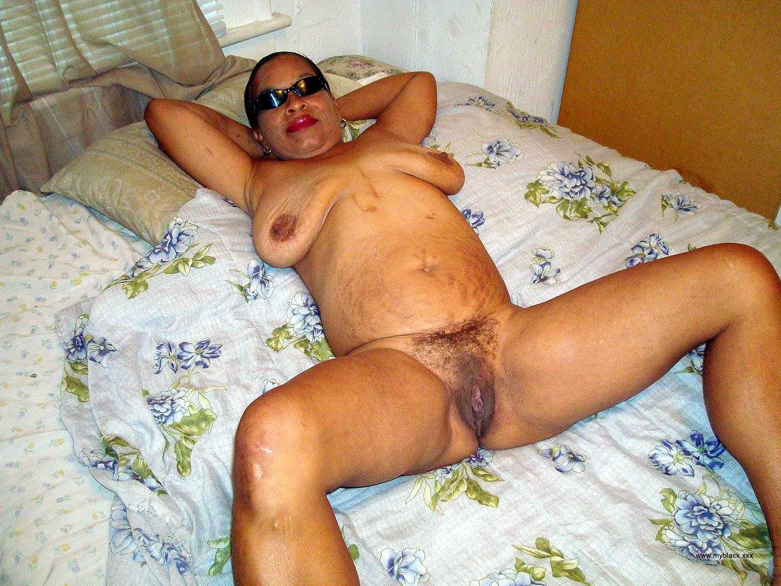 Big ass mature squirt