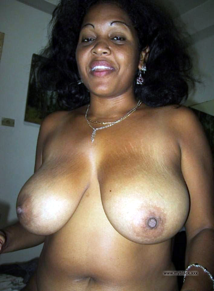 Ebony Mature Amateur Homemade